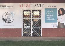 Copinage médiatique et cécité : la pré-implantation rocambolesque de l'antenne à Cayenne de Drug-Free World, fondation financée par la scientologie