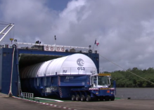 Cocaïne dans un caisson aimanté à la coque du navire transportant Ariane : un agent de la mairie de Kourou, deux associés d'une entreprise de transport de riz… parmi les mis en examen